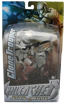 Star Wars UNLEASHED Clone Trooper Red Kenner/Hasbro MIP