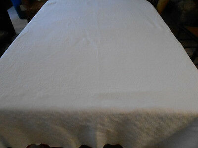 Antique White Coverlet In A Pretty Pattern & In Very Good Condition, Circa1920