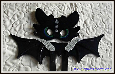 TOOTHLESS Mask & 35cm Dragon Wings - How to Train Your Dragon