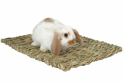 Rosewood Chill n Scratch Natural Grass Mat Rabbits Hamsters Guinea Pigs Degus