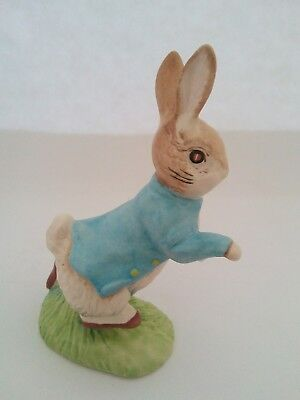 Peter Rabbit Figurine By John Beswick Made in England F. Warner