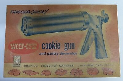 Wear-Ever Trigger Quick Cookie Gun and Pastry Decorator Original Vintage 1950's