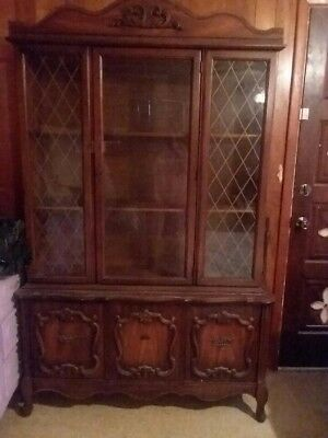 Vintage French Country Oak Vaisselier Hutch Buffet Cabinet Sideboard.