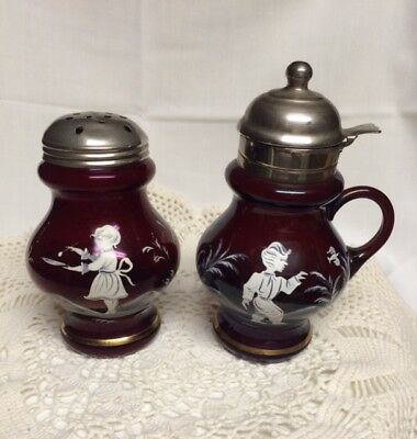 VINTAGE MARY GREGORY CRANBERRY GLASS HAND PAINTED SUGAR SHAKER and SYRUP PITCHER