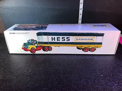 1975 Vintage Hess Freight Truck With Barrels, Original Box And Inserts