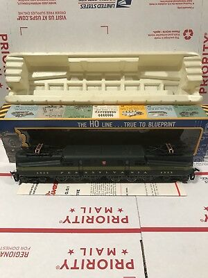 AHM HO Scale GG-1 5161 made by Rivarossi, OB Does Not Run. Road # 4929