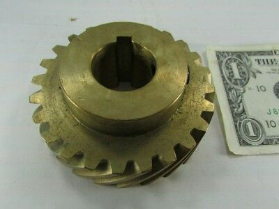 "New Boston Gear Brass Helical, 1"" Keyed Bore, 24 Teeth, 45 Degree Helix HB824R"