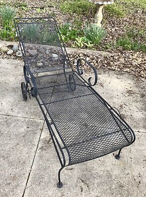 "Vtg 76""Black-SCROLL-Wrought IRON-Mesh CHAISE Lounge-PATIO CHAIR-Adjustable-HEAVY"