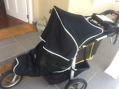 Outlook Shade A Babe Universal Stroller Cover