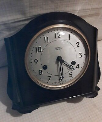 Smiths Bakeelite Mantle Clock In E.w.o    Smi1