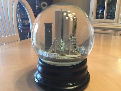 Saks Fifth Avenue Snow Globe - LARGE New York, NY with Train (RETIRED)