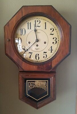 Verichron Westminster Chime Wind Wall Clock Harris & Mallow VG cond. works good