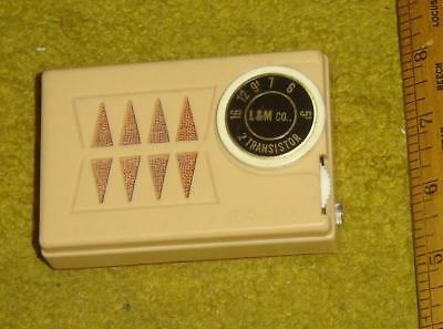 VERY RARE  L&M co. model 2TR  TWO TRANSISTOR RADIO in GOOD CONDITION and WORKS !