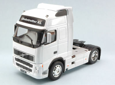 Volvo Fh12 White 1:32 Welly WE2630W