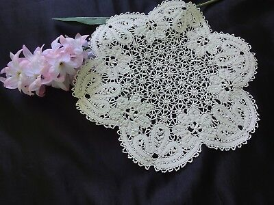 Beautiful Vintage Handmade White Cotton Crochet Brussels Lace Doily Tablecloth