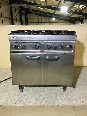 Lincat Gas Cooker, 6 hobs and double oven