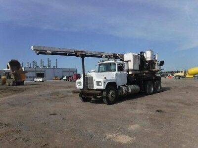 Texoma 600 Drilling Rig with 35' Kelly Bar