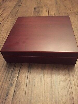 Thompson Cigar Co. Cherry Wood Humidor Case w/ Humidifier - Great condition!