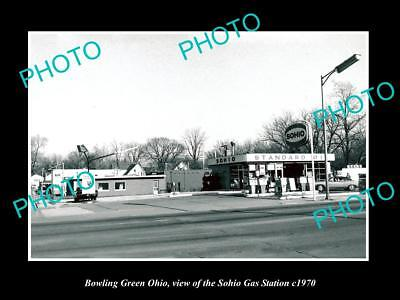 OLD LARGE HISTORIC PHOTO OF BOWLING GREEN OHIO, THE SOHIO GAS STATION c1970