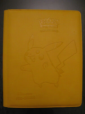 -= Classeur / Binder Ultra Pro Pokémon =- Pro Binder Pikachu 9 Pocket album TBE