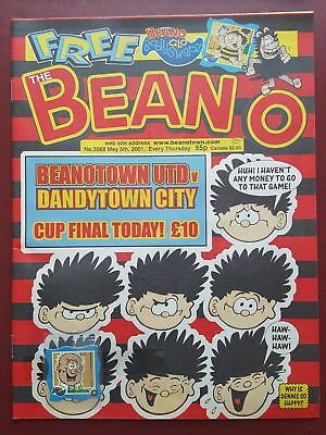 The Beano Comic No.3068 May 2001 Includes Free Gift #B2002