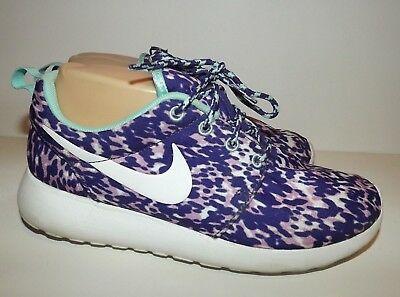 sale retailer fc7ff fd6dd NIKE ROSHE RUN Purple Turquoise Athletic Running Shoes Sneakers Womens Size  6.5