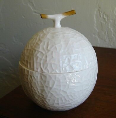 Vtg Noritake Nippon Toki Kaisha White Porcelain Fruit Lidded Box Sugar Bowl