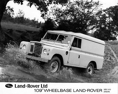 1973 ? Land Rover Ltd 109 Wheelbase Factory Photo cb1056