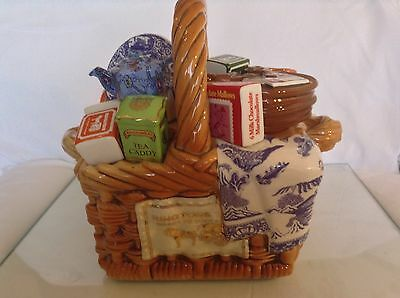 Cardew Ringtons Collectable Novelty Large Teapot Monty Basket Perfect Conditon