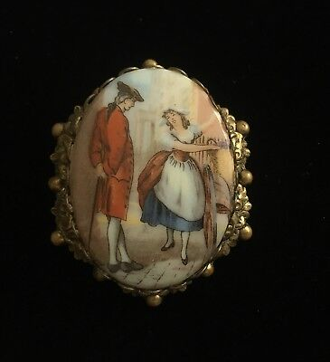 Cameo Brooch Courting Couples Fur Scarf Clip Colonial Gold Tone VTG