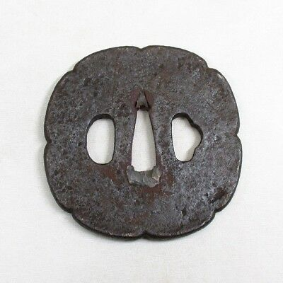 A065: Real old Japanese iron SAMURAI sword guard TSUBA of RINKA form for KATANA