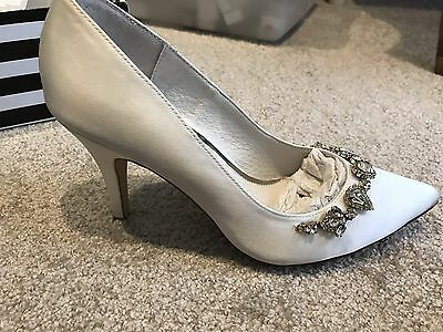 Wedding Or Deb Shoes Size 7