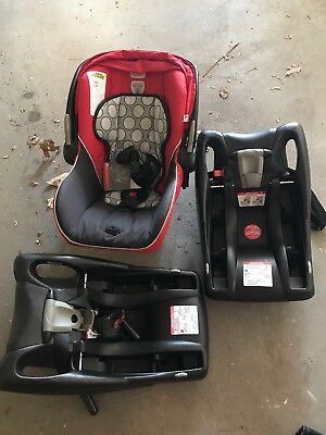 REDUCED Britax B Safe Infant Car Seat With 2 Bases red