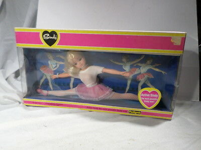 BOXED UNUSED Active Sindy-the most poseable Sindy ever by Pedigree