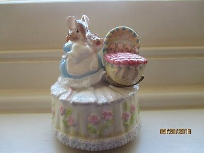 lovely beatrix potter babies revolving  musical box playing schuberts lullaby