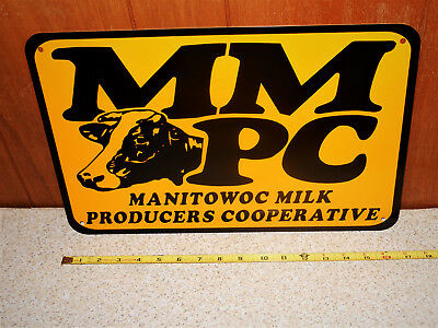 Manitowoc Milk Producers Cooperative 17x11 Inch NOS Older Metal Display Sign Cow