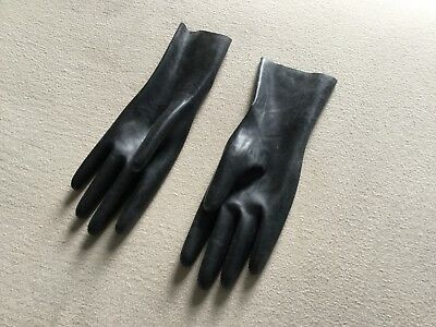 Black latex wrist gloves small to medium size