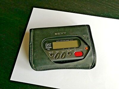 Sony TCD-D7 Portable Digital Audio Tape Recorder (DAT) VINTAGE + Bags