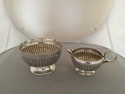 Silver Plated Footed Sugar Bowl & Cream Jug With Ribbed Pattern ( Ref 98W)