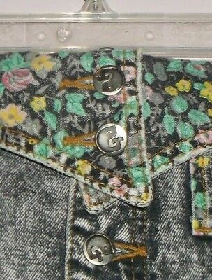 Ladies Vintage Jeans With Flowers And Button Fly Size 8 By Giorgio Fiorlini