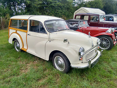 1970 Morris Minor 1000 Traveller DeLuxe old english white