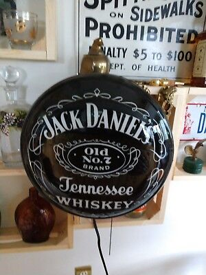 This Jack Daniel's Old No. 7 Pub Light looks as good as their Tennessee Whiskey