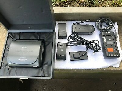 New Sony Gv-S50 Video Walkman 8 Video Recorder Monitor With Tv Tuner And Manual