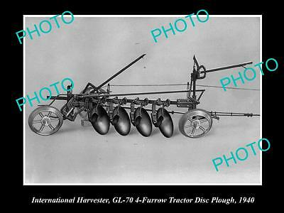 OLD LARGE HISTORIC PHOTO OF INTERNATIONAL HARVESTER GL-70 DISC PLOUGH c1940