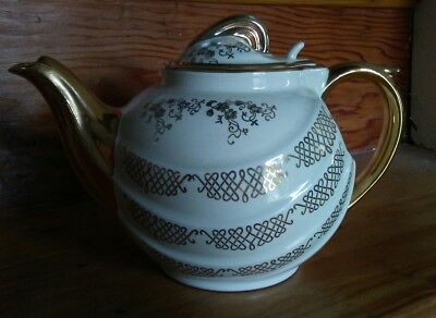 Vintage Hall China USA Gold Teapot & Lid Art Deco 1930s Gilt Tea Pot 6 Cup