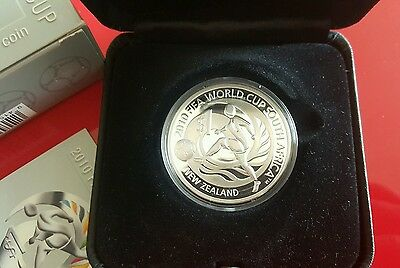 2010 FIFA World Cup, New Zealand 1oz Silver Proof Coin