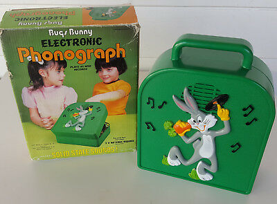 Vintage BUGS BUNNY ELECTRONIC PHONOGRAPH Toy Record Player Janex 1975 w/ Box