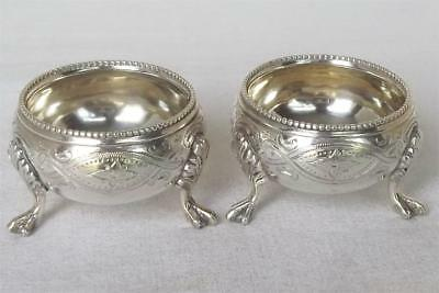 Beautiful Antique Pair Of Solid Silver Victorian Cauldron Open Salts London 1864