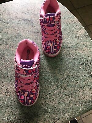 heelys size 1 in excellent condition