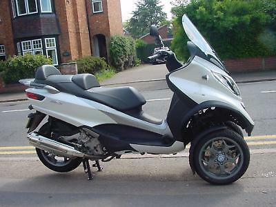 Piaggio MP3 LT500ie Business ABS only 40 miles from new